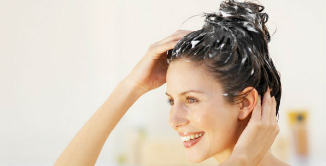 baking-soda-dandruff-hair-growth-2