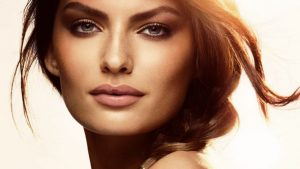 Pretty-Brunette-Make-Up